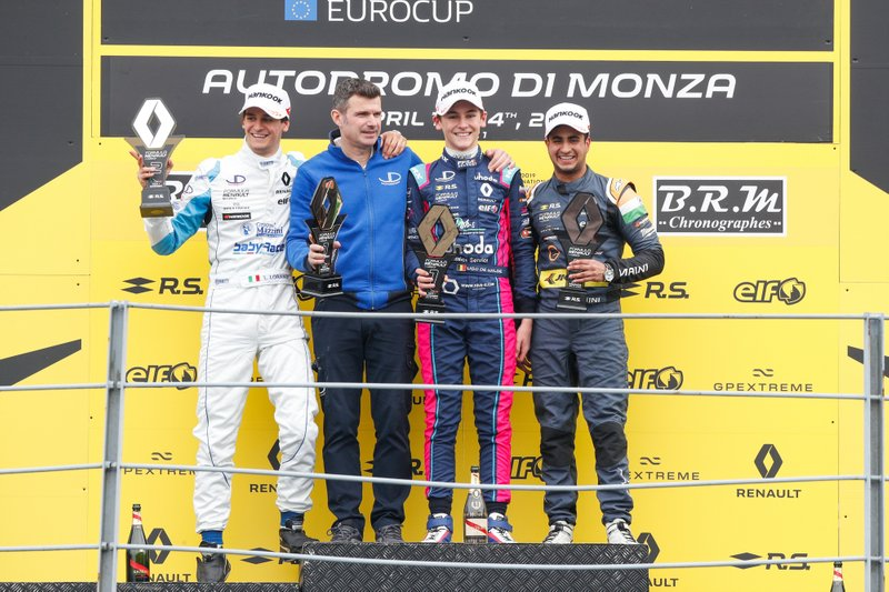 Podio: il vincitore della gara Ugo De Wilde, JD Motorsport, il secondo classificato Leonardo Lorandi, JD Motorsport, il terzo classificato Kush Maini, M2 Competition