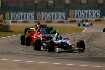 Heinz-Harald Frentzen, Williams; Eddie Irvine, Ferrari