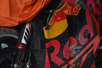 Bike von Johann Zarco, Red Bull KTM Factory Racing, nach Sturz