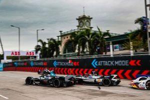 Gary Paffett, HWA Racelab, VFE-05 Oliver Rowland, Nissan e.Dams, Nissan IMO1