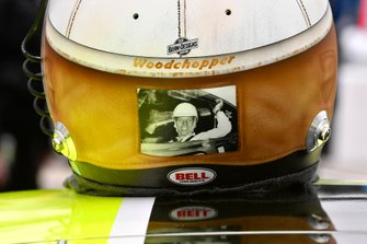 Ryan Blaney, Team Penske, Ford Mustang Menards/Peak helmet
