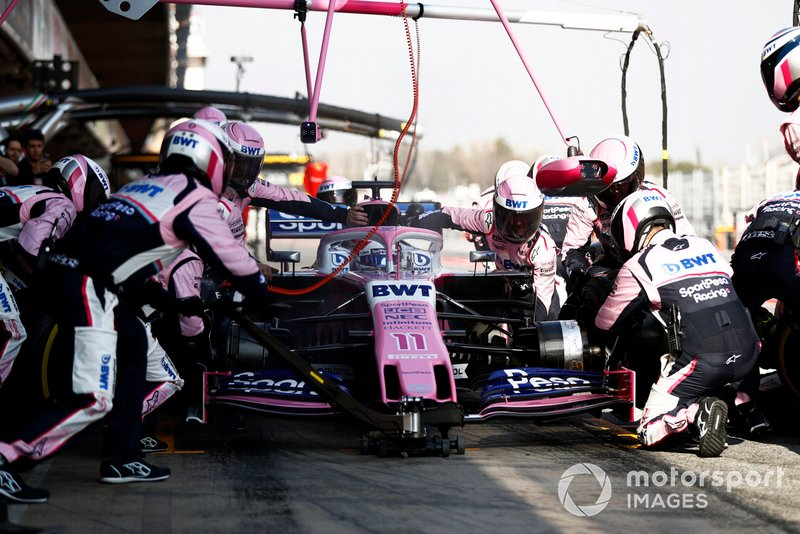 Sergio Perez, Racing Point F1 Team RP19, pit stop