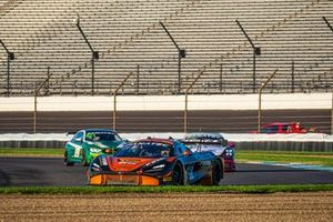 #59 Crucial Motorsports McLaren 720 S GT3: Paul Holton, Rob Bell, Ben Barnicoat