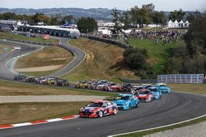 Acción de salida, Jean-Karl Vernay, Engstler Hyundai N Liqui Moly Racing Team Hyundai Elantra N TCR lidera