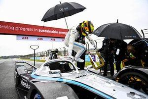 Stoffel Vandoorne, Mercedes-Benz EQ, EQ Silver Arrow 02, on the grid