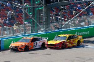 Denny Hamlin, Joe Gibbs Racing, Toyota Camry Offerpad, Joey Logano, Team Penske, Ford Mustang Shell Pennzoil