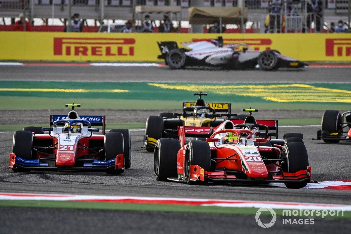 Mick Schumacher, Prema Racing precede Robert Shwartzman, Prema Racing