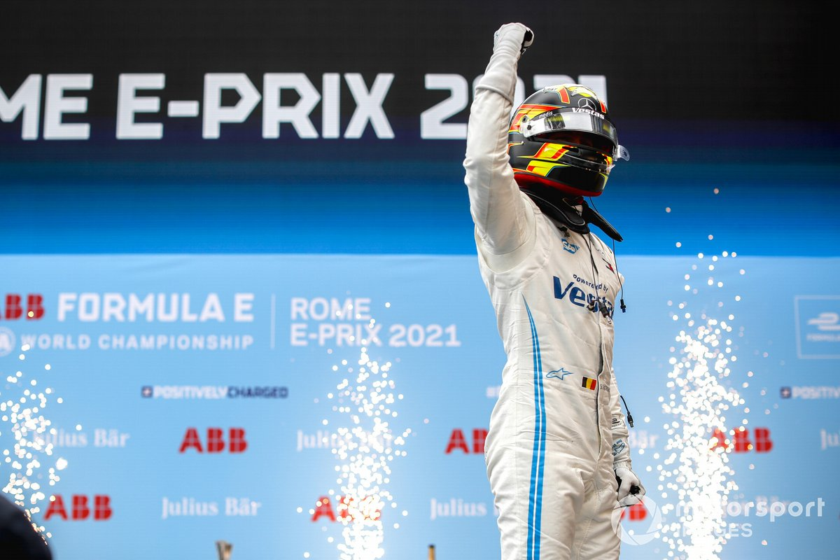 Stoffel Vandoorne, Mercedes-Benz EQ celebra la victoria en el parque cerrado