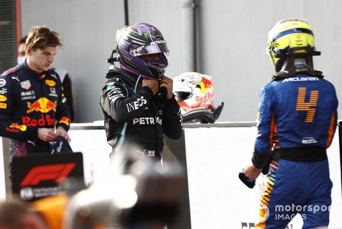 Max Verstappen, Red Bull Racing RB16B Lewis Hamilton, Mercedes W12 e Lando Norris, McLaren MCL35M
