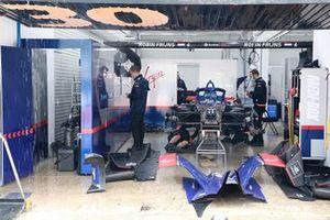 Garage Envision Virgin Racing