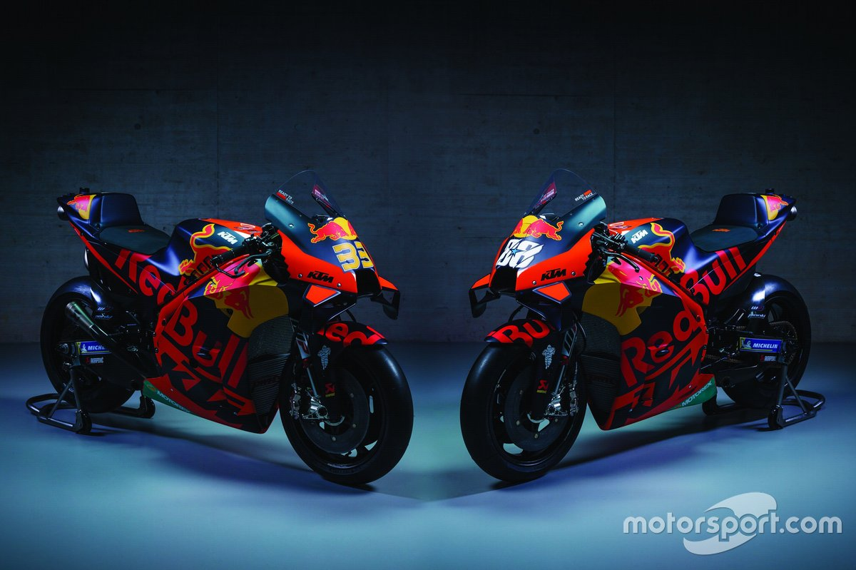 Motos de Brad Binder, Red Bull KTM Factory Racing y Miguel Oliveira, Red Bull KTM Factory Racing