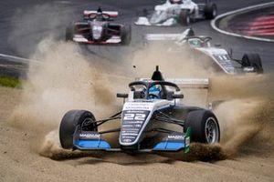 Tom Alexander in the gravel
