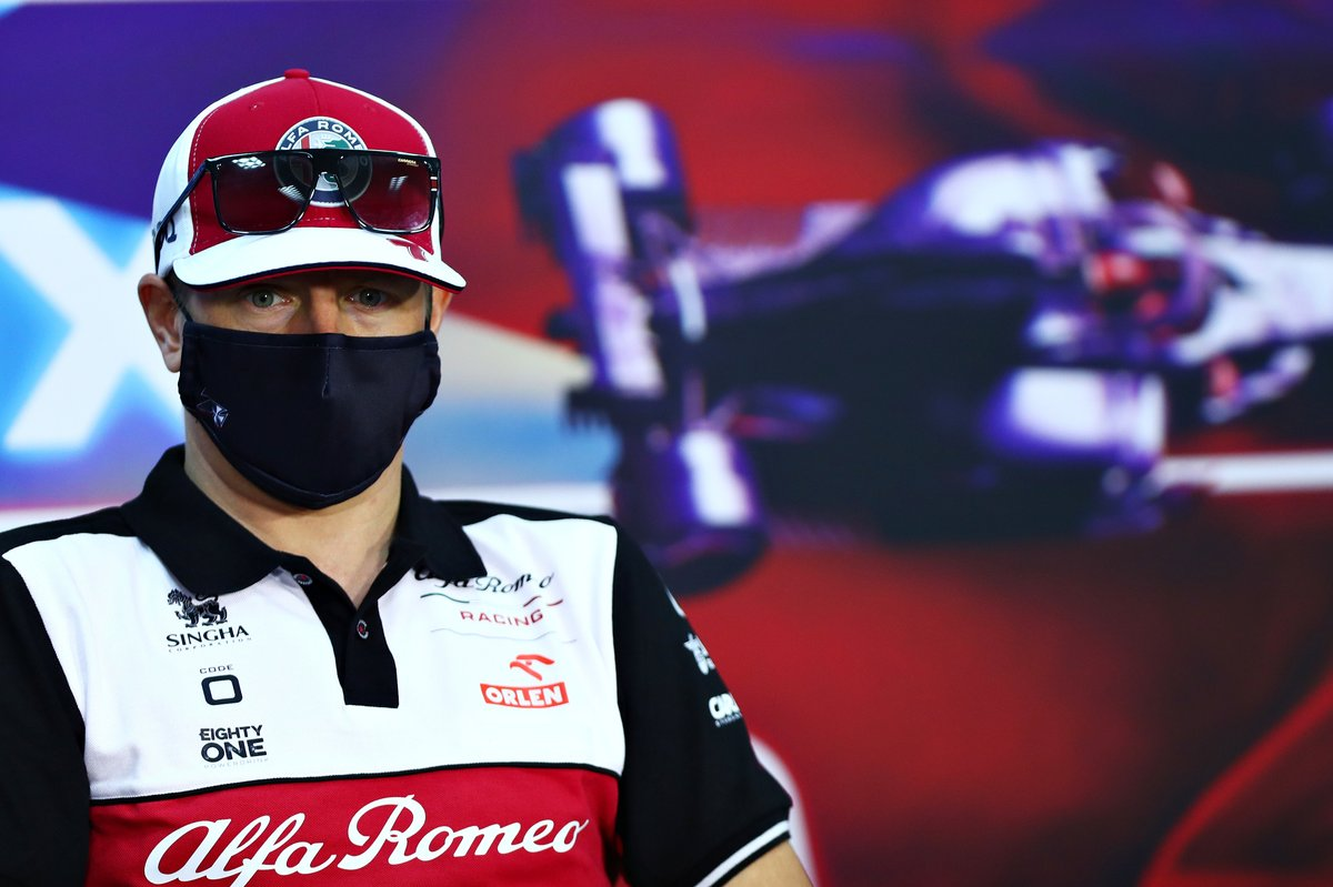 Kimi Raikkonen, Alfa Romeo Racing, en la conferencia de prensa