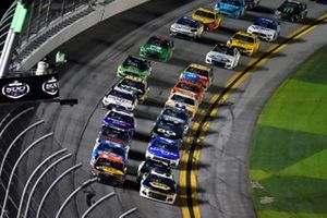 Chase Elliott, Hendrick Motorsports, Chevrolet Camaro NAPA Auto Parts, Austin Dillon, Richard Childress Racing, Chevrolet Camaro