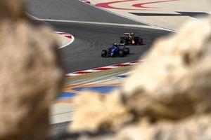 Esteban Ocon, Alpine A521, Max Verstappen, Red Bull Racing RB16B