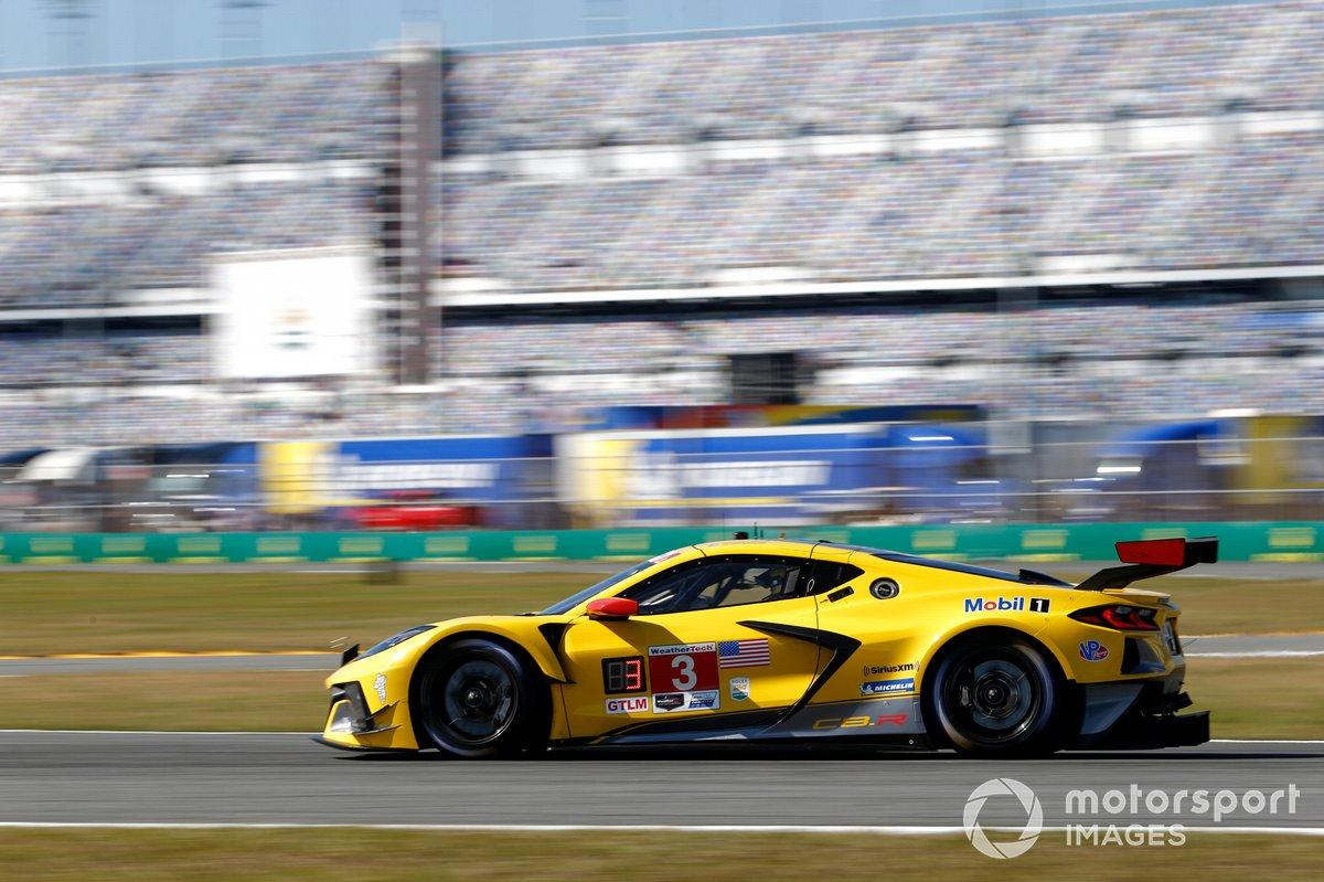 #3 Corvette Racing Corvette C8.R, GTLM: Nicky Catsburg, Jordan Taylor, Antonio Garcia