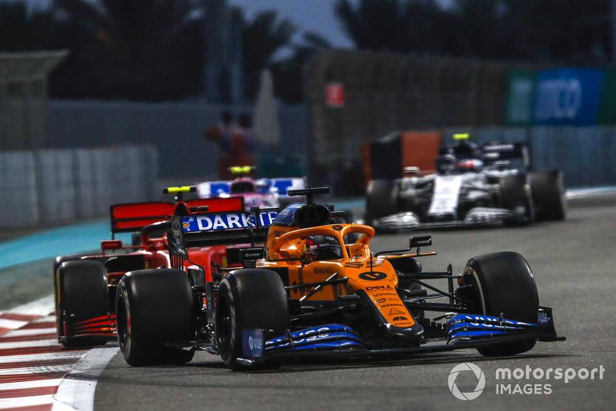 Carlos Sainz Jr., McLaren MCL35, Charles Leclerc, Ferrari SF1000