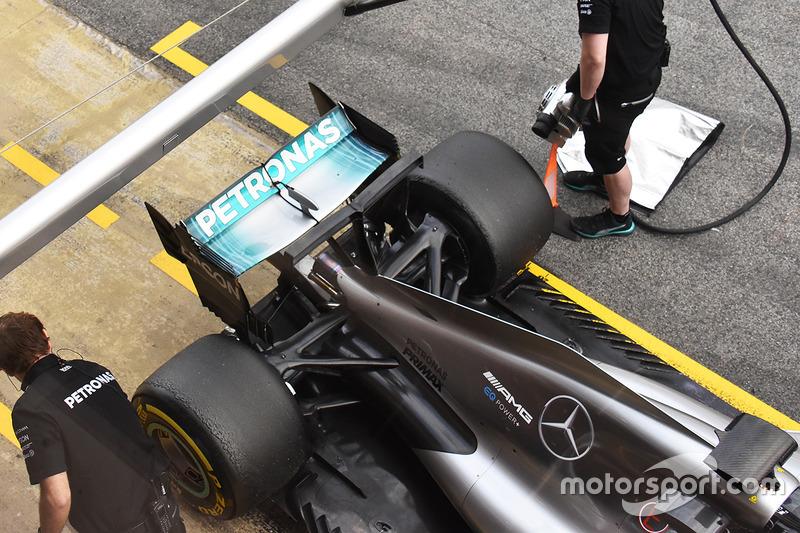 Mercedes F1 W08 detalle trasero