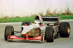 Nigel Mansell teste la Jordan Peugeot