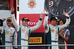 Podio: segundo lugar #8 Bentley Team M-Sport Bentley Continental GT3: Andy Soucek, Maxime Soulet, Vi