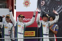 Podium: tweede #8 Bentley Team M-Sport Bentley Continental GT3: Andy Soucek, Maxime Soulet, Vincent