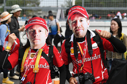 Kimi Raikkonen, Ferrari and Sebastian Vettel, Ferrari fans and masks
