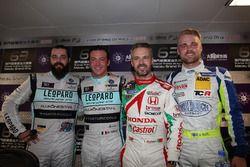 Press Conference: Stefano Comini, Leopard Racing Team Volkswagen Golf GTI; Jean-Karl Vernay, Leopard
