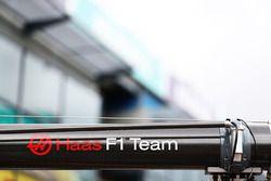 Haas F1 Team team pit Gantry