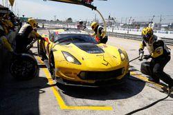 #3 Corvette Racing Chevrolet Corvette C7.R: Antonio Garcia, Jan Magnussen, Mike Rockenfeller, Pit st