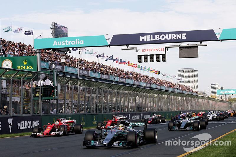 Lewis Hamilton, Mercedes AMG F1 W08 líder al inicio