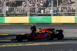 Технические проблемы: Даниэль Риккардо, Red Bull Racing RB13