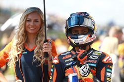 Bo Bendsneyder, Red Bull KTM Ajo with a lovely grid girl
