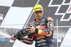 Podio: il secondo classificato Miguel Oliveira, Red Bull KTM Ajo