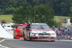 Austin Cindric, Team Penske Ford y Justin Allgaier, JR Motorsports Chevrolet