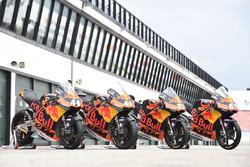 Bikes of Miguel Oliveira, Red Bull KTM Ajo, Brad Binder, Red Bull KTM Ajo and Moto3