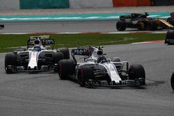 Lance Stroll, Williams FW40 en Felipe Massa, Williams FW40