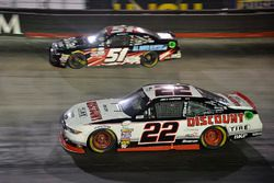 Joey Logano, Team Penske Ford, Jeremy Clements, Jeremy Clements Racing Chevrolet