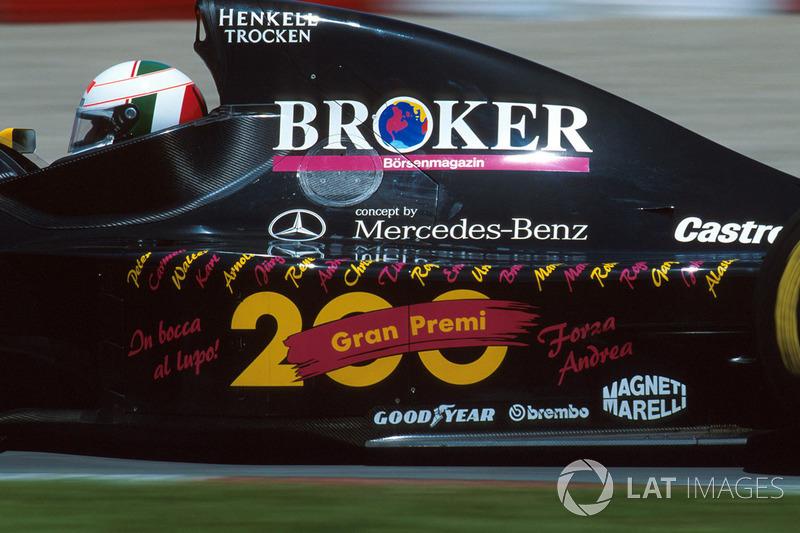 Andrea De Cesaris - 208 Grands Prix