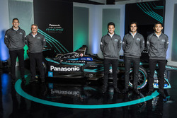 James Barclay, Team Director, Jaguar Racing, Gerd Mäuser, Chairman, Panasonic Jaguar Racing, Mitch E