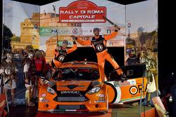 Simone Campedelli, Pietro Elia Ometto, Ford Fiesta R5, Orange1 Racing, festeggiano sul podio