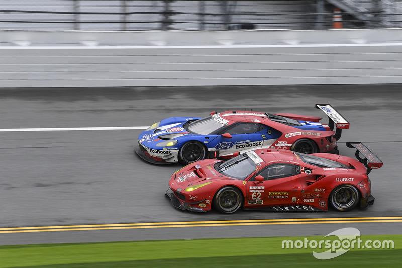 #62 Risi Competizione Ferrari 488 GTE: Toni Vilander, Giancarlo Fisichella, James Calado, #66 Ford P