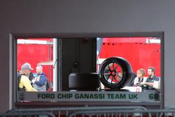 Une vue des garages