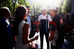 Lance Stroll, Williams, Romain Grosjean, Haas F1 Team