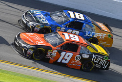Matt Tifft, Joe Gibbs Racing Toyota and Daniel Suarez, Joe Gibbs Racing Toyota