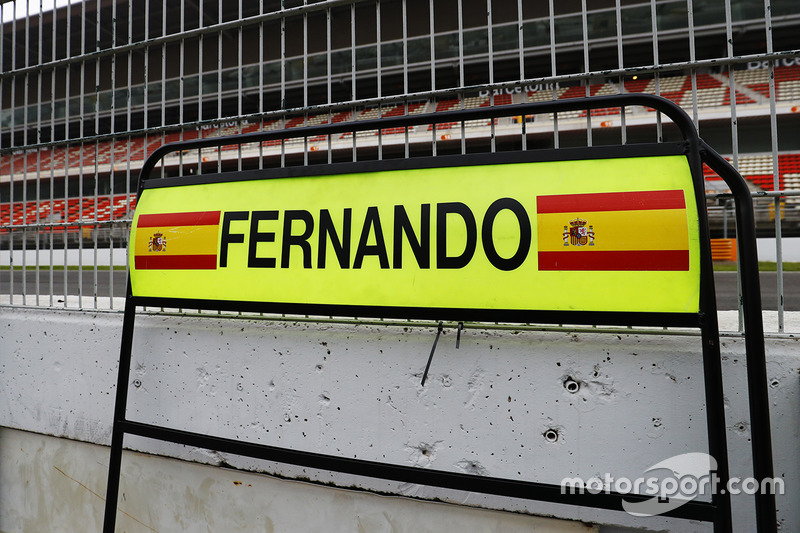Pit board para Fernando Alonso, McLaren