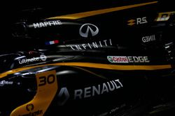 Renault Sport F1 Team RS17 engine cover