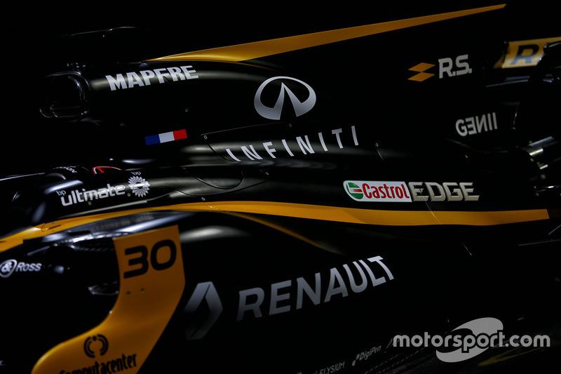 Le capot moteur de la Renault Sport F1 Team R.S.17
