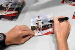 Autogrammkarte von Stoffel Vandoorne, McLaren
