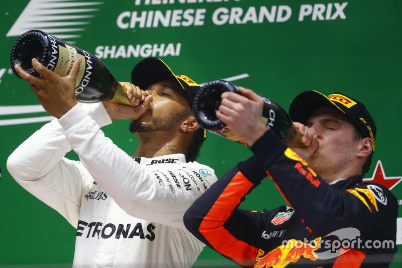 Lewis Hamilton, Mercedes AMG, Max Verstappen, Red Bull Racing