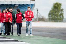 Vitaly Petrov, Manor during track walk